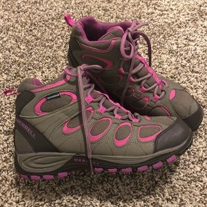 Merrell Hilltop Ventilator Mid Women's hiking boot